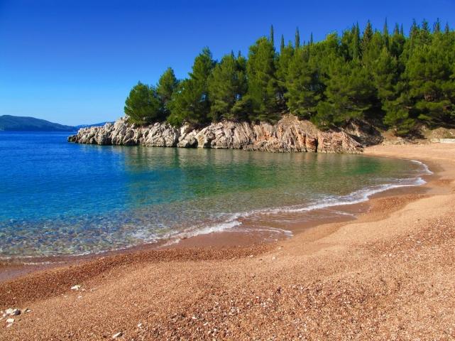 фото пляжа в новомихайловке