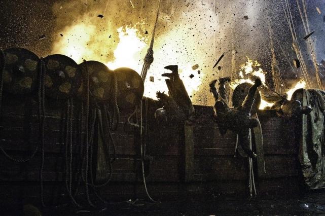 Боевые действия с огнем – повседневная жизнь Хелен на съемках «Игры престолов».