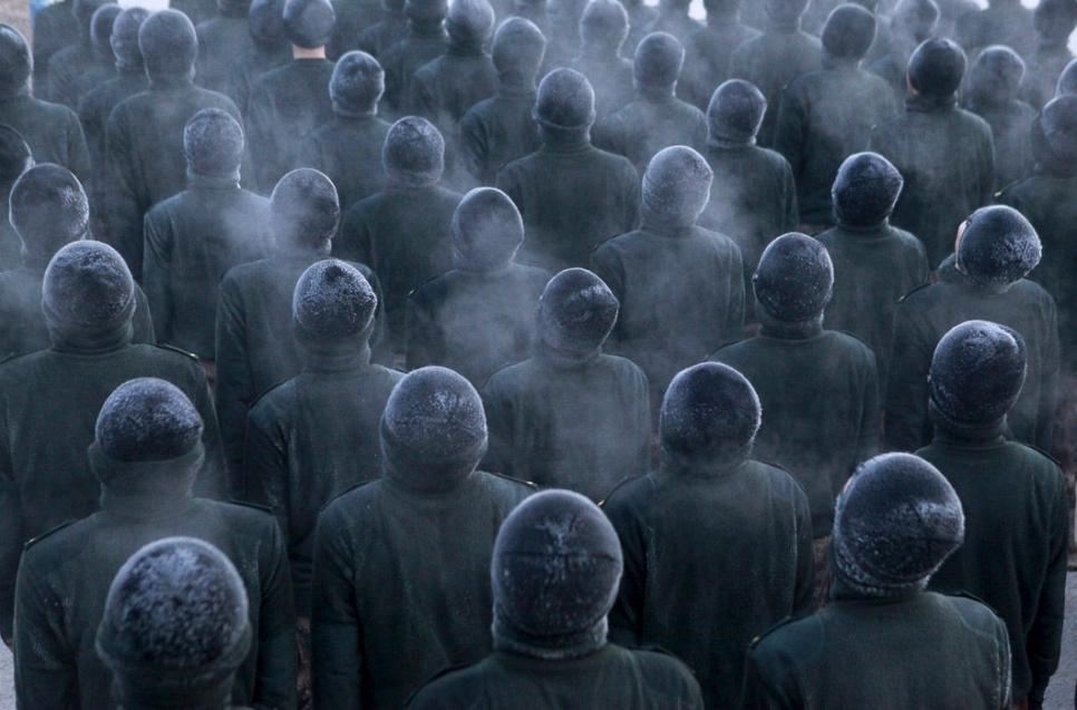 Новобранцы китайской армии на морозе