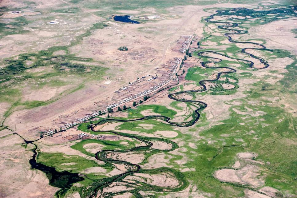 Поселок у реки, Бурятия