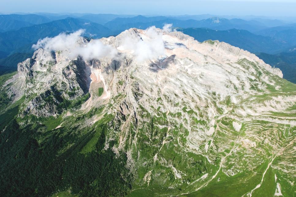 Кавказские горы, Адыгея