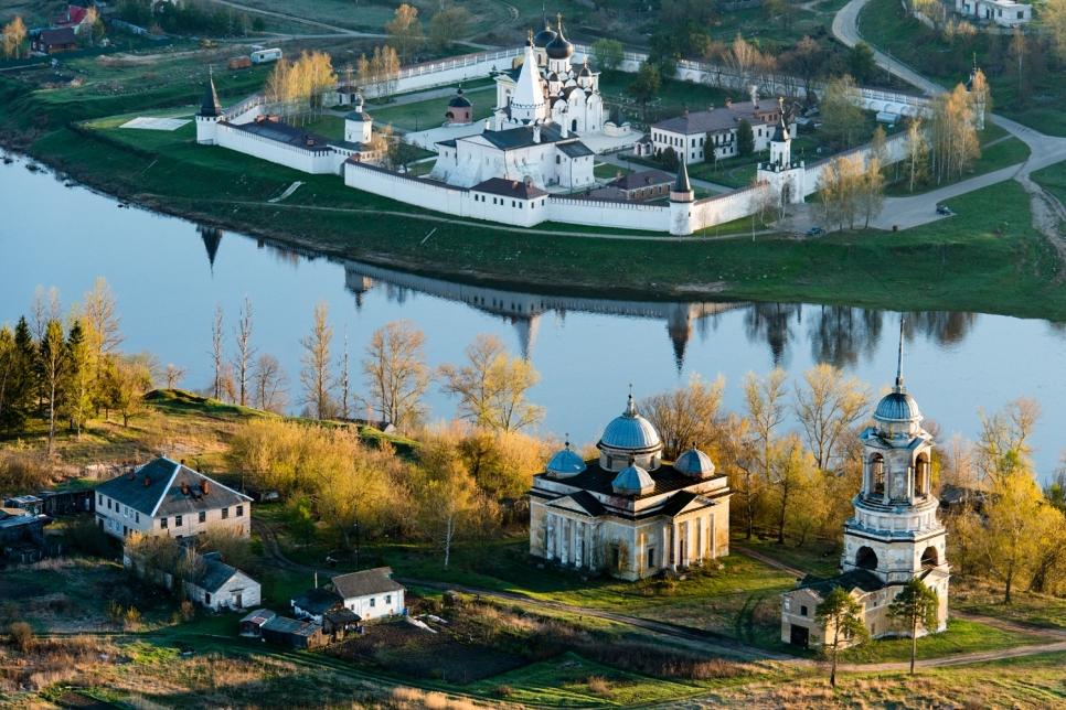 Монастырь. Тверская область