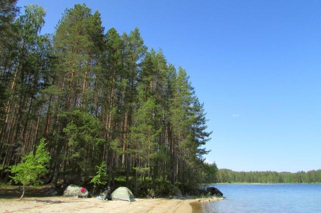 Кэмпинг на озере