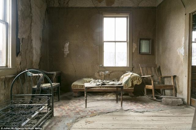 Интерьер чье-то супружеской спальни непосмели тронуть