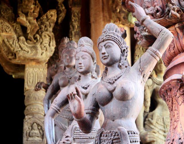 Интимное белье, секс туризм в азии