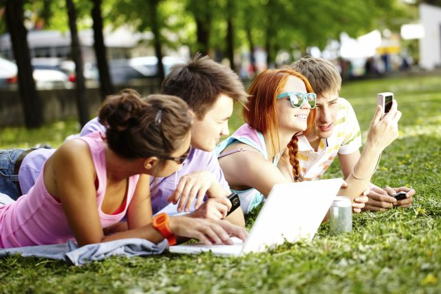 leisure time for student Students can have snacks, play with their friends, and do homework during the time between the end of school and heading back  no single trend for spending leisure.