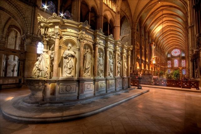 Церкви Реймса, достопримечательности Реймса - базилика Сен Реми