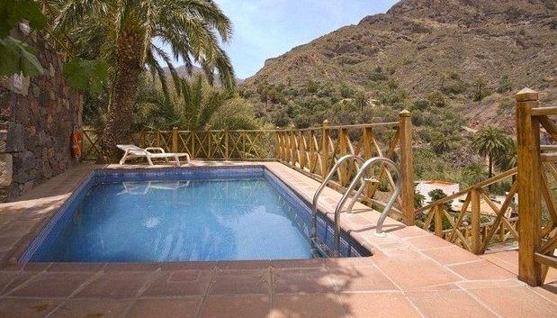 Дом с бассейном на Гран-Канарии