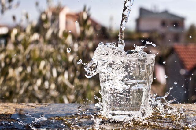 В Финляндии находится самая чистая вода в мире.